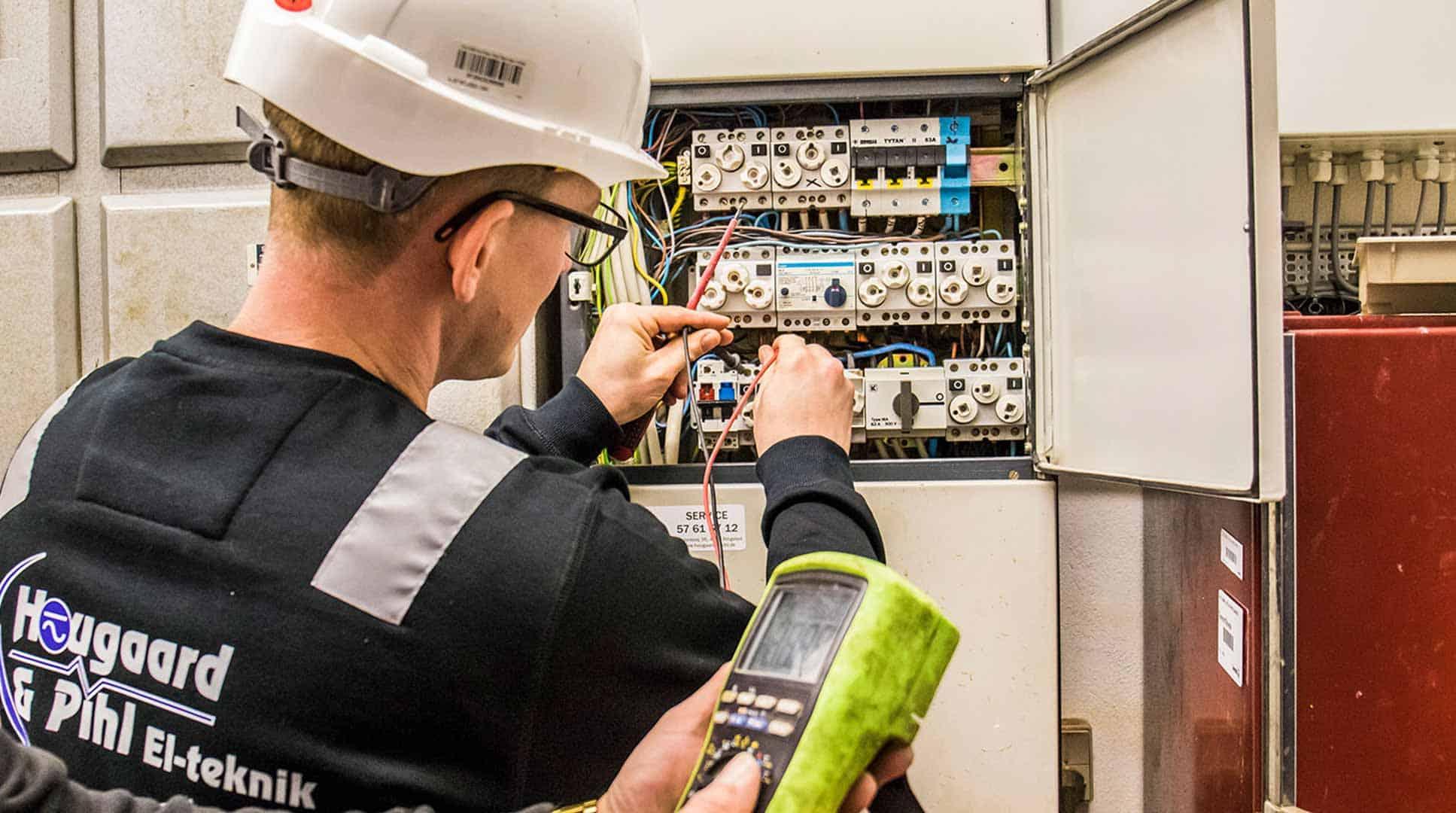 El-tjek af professionel elektriker